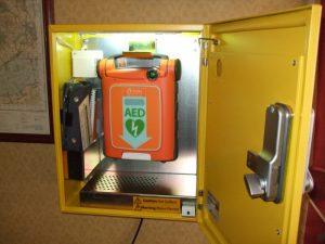 defibrillator-inside2